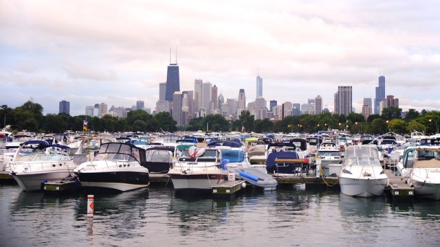 The Chicago skyline on a walk to Lake Michigan
