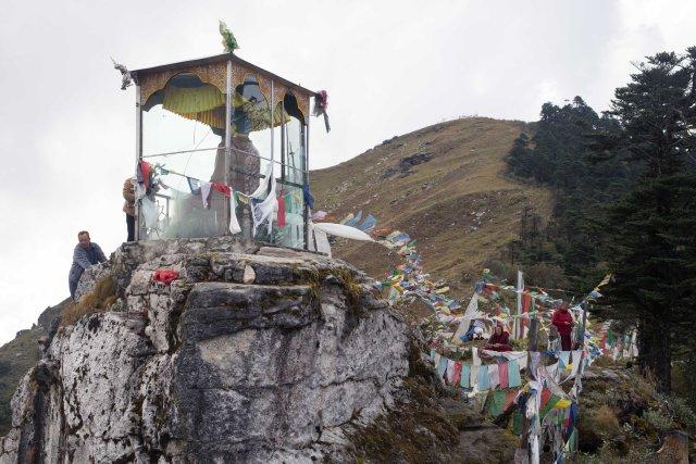 Statue, Tharpaling Monastary